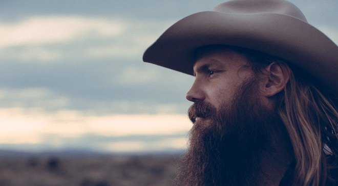Chris Stapleton и Kings of Leon исполнили кавер на Lynyrd Skynyrd.