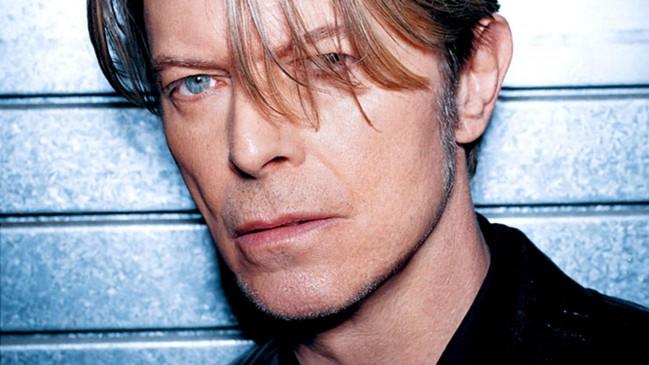 Новый видеоклип, на изданную актерами мюзикла 'Lazarus', песню Bowie.