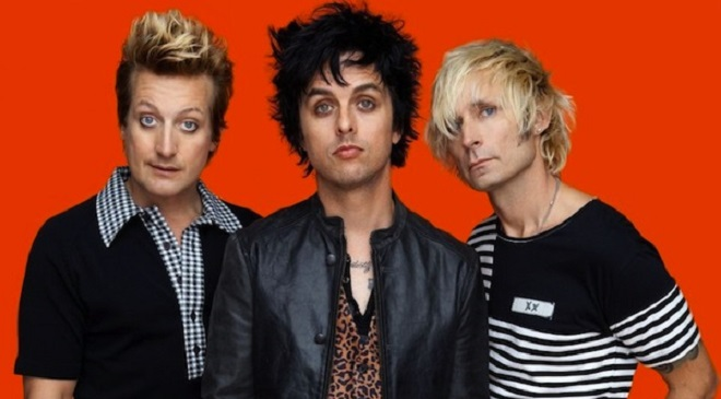 Lyric Video на песню Green Day.