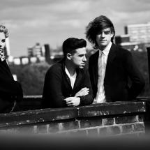 London Grammar выпустили красочный видеоклип.